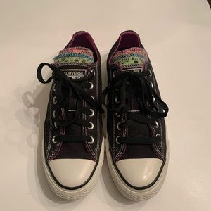 Converse All Star Shoes. Size 8.